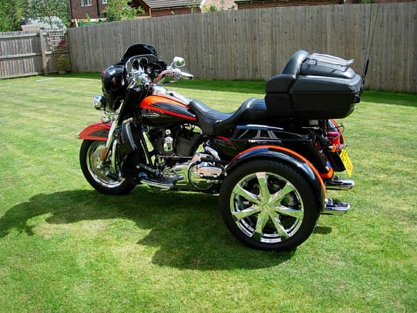 Custom built motorcycle trikes for autos post for Motor trikes for sale uk